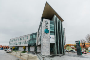 POMEMBNO OBVESTILO: zaprtje stavbe in opravljanje izpitov na drugi lokaciji
